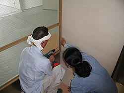 東京大学付属病院取付工事風景3